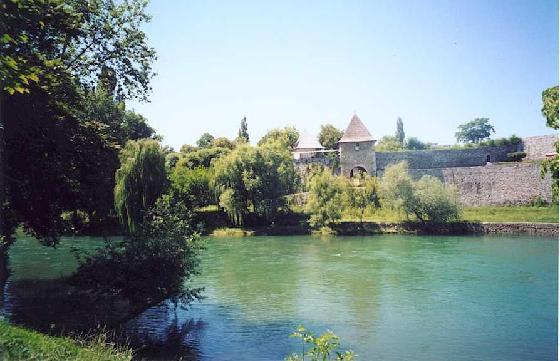 Ваш град... - Page 4 343995-Kastel-Banja_Luka%5B1%5D